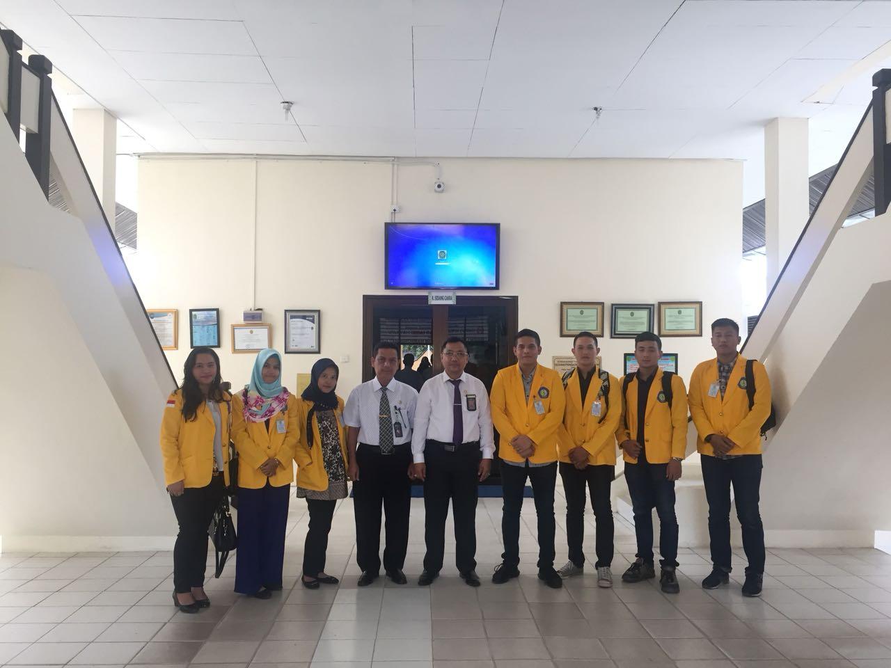 MAHASISWA UNIVERSITAS  BATAM MAGANG DI PTUN TANJUNGPINANG